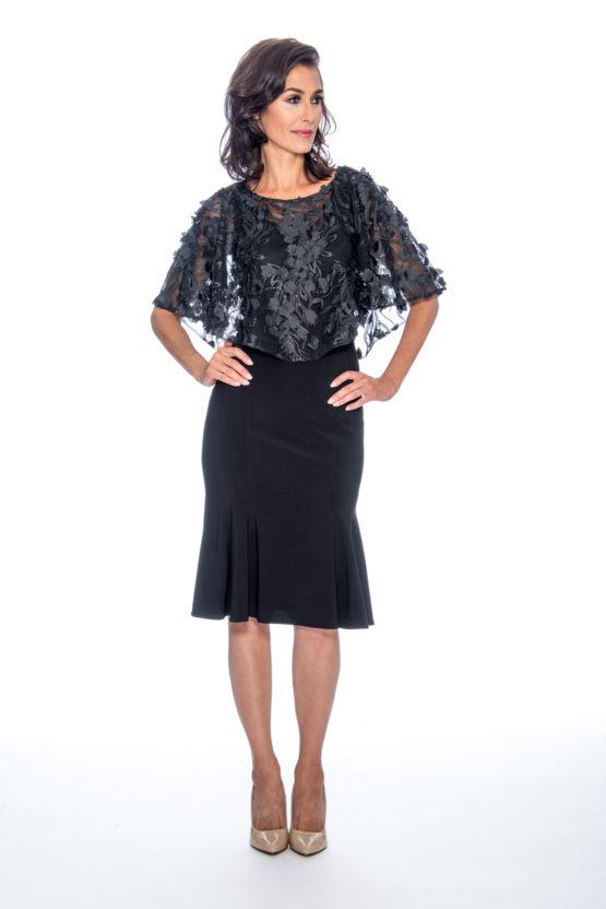 embroidery cape, trumpet skirt, short dress